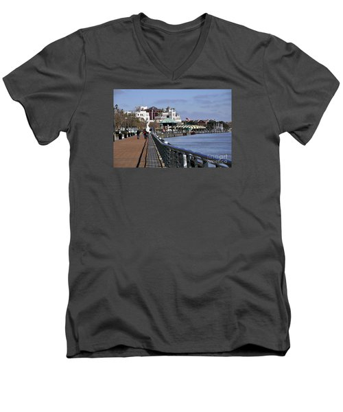New Orleans Riverwalk 2 Men's V-Neck T-Shirt