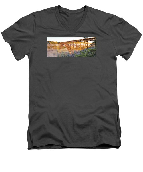 New River Gorge Bridge Morning Fall Panorama Men's V-Neck T-Shirt