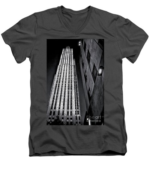 New York City Sights - Skyscraper Men's V-Neck T-Shirt