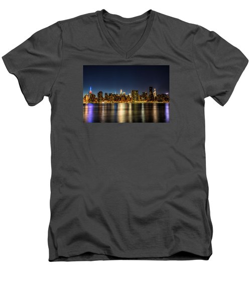 New York City Skyline Men's V-Neck T-Shirt