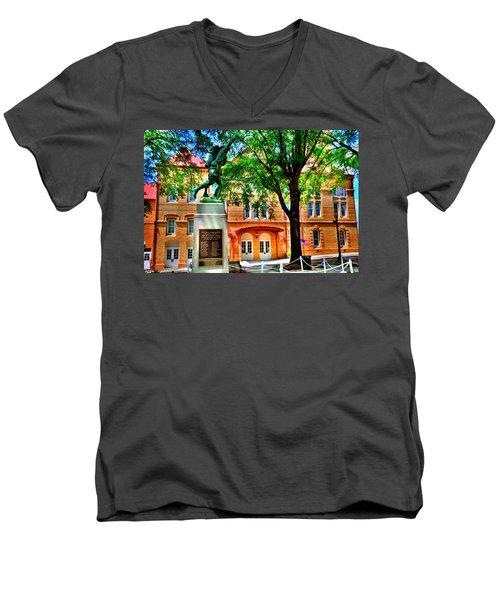 Newberry Opera House Men's V-Neck T-Shirt