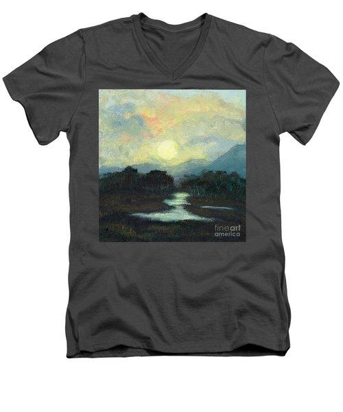 Nicaragua Jungle Moon Men's V-Neck T-Shirt