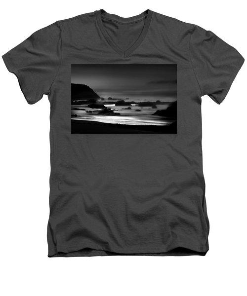 Night Burns Bright Bw Men's V-Neck T-Shirt