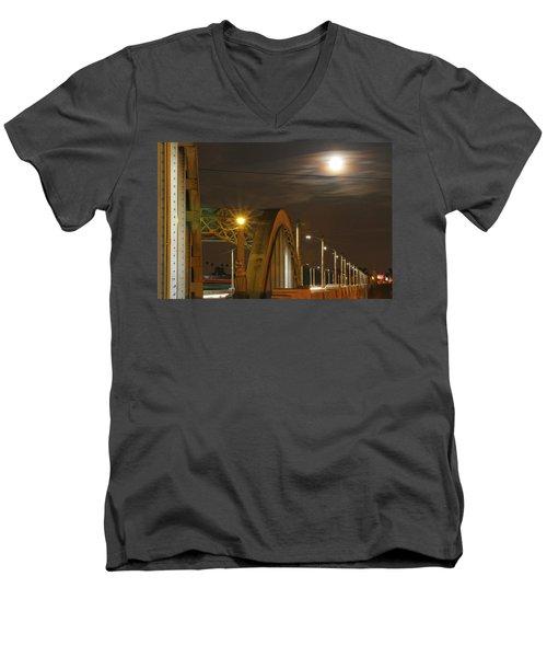 Night Shot Of The Los Angeles 6th Street Bridge And Supermoon #7 Men's V-Neck T-Shirt