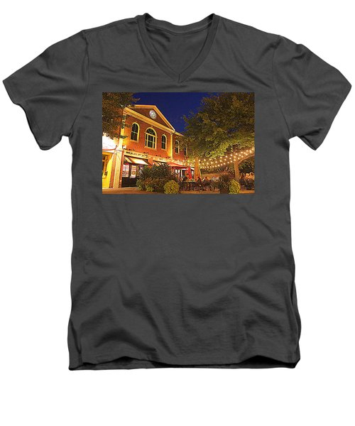 Nightime In Newburyport Men's V-Neck T-Shirt