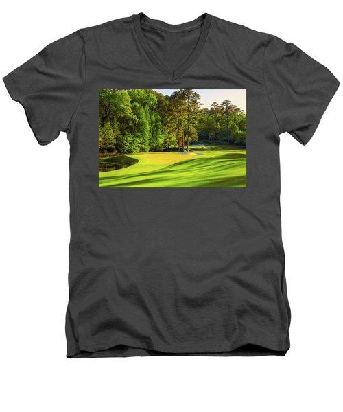 No. 11 White Dogwood 505 Yards Par 4 Men's V-Neck T-Shirt