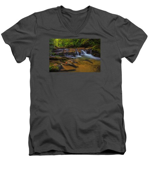 North Carolina Cascade Men's V-Neck T-Shirt