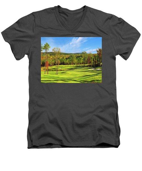 North Carolina Golf Course 14th Hole Men's V-Neck T-Shirt