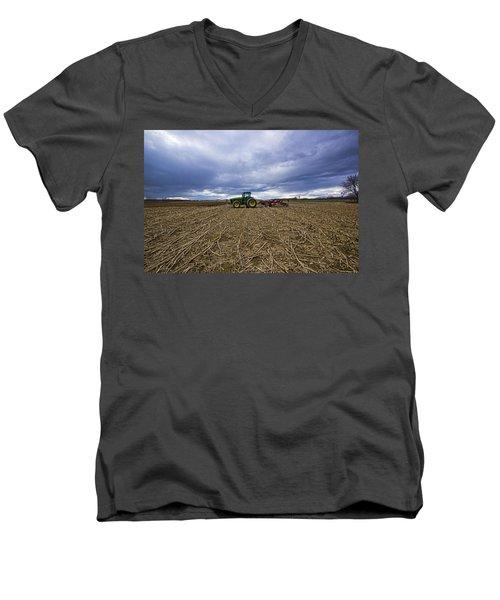 North Fork Tractor Men's V-Neck T-Shirt