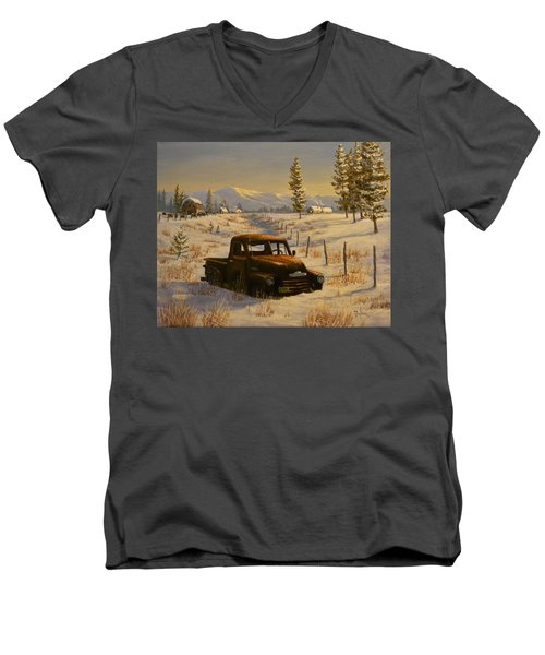 North Idaho Yard Art Men's V-Neck T-Shirt