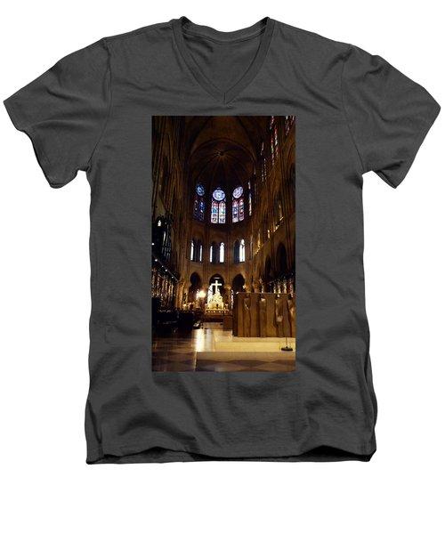 Notre Dame De Paris Men's V-Neck T-Shirt