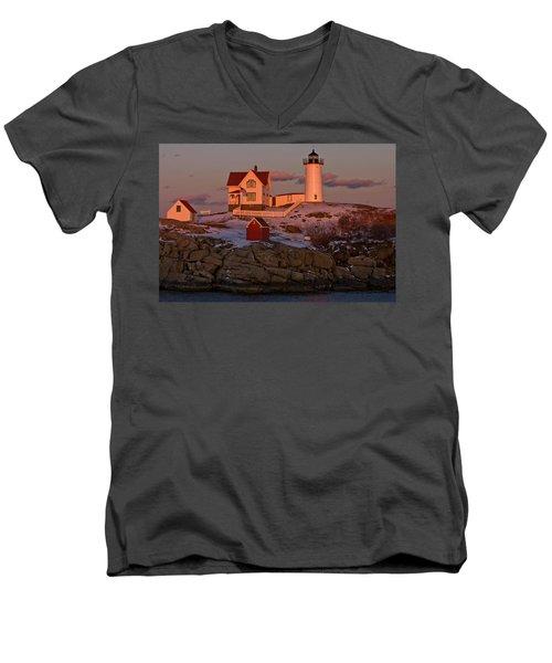 Nubble Light At Sunset Men's V-Neck T-Shirt