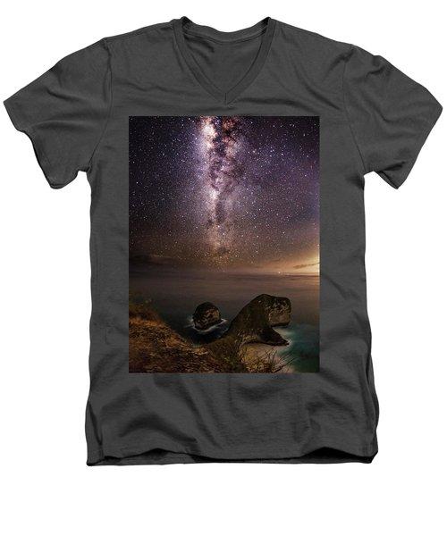 Nusa Penida Beach At Night Men's V-Neck T-Shirt