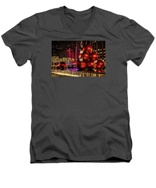 Men's V-Neck T-Shirt featuring the photograph Nyc Holiday Balls by Chris Lord