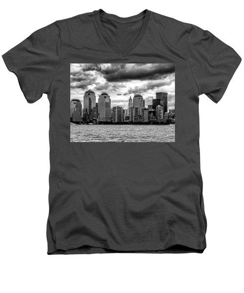 Nyc Skyline Men's V-Neck T-Shirt