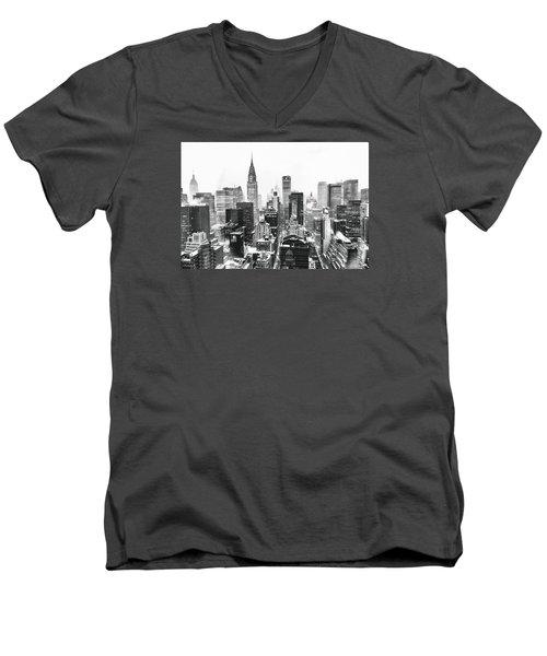 Nyc Snow Men's V-Neck T-Shirt