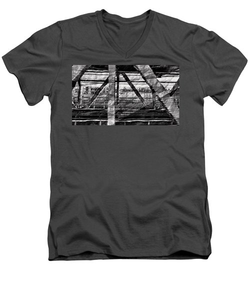 Nyc Train Bridge Tracts Men's V-Neck T-Shirt