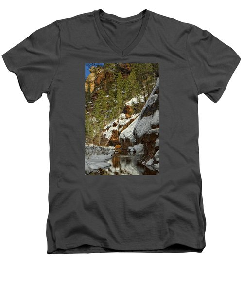 Oak Creek Beckons Men's V-Neck T-Shirt