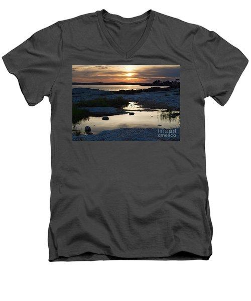 Ocean Point Sunset In East Boothbay Maine  -23091-23093 Men's V-Neck T-Shirt
