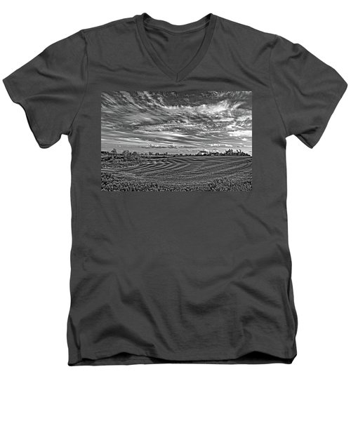 October Patterns Bw Men's V-Neck T-Shirt by Steve Harrington