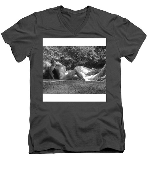 Odisseus From Moly By David Men's V-Neck T-Shirt