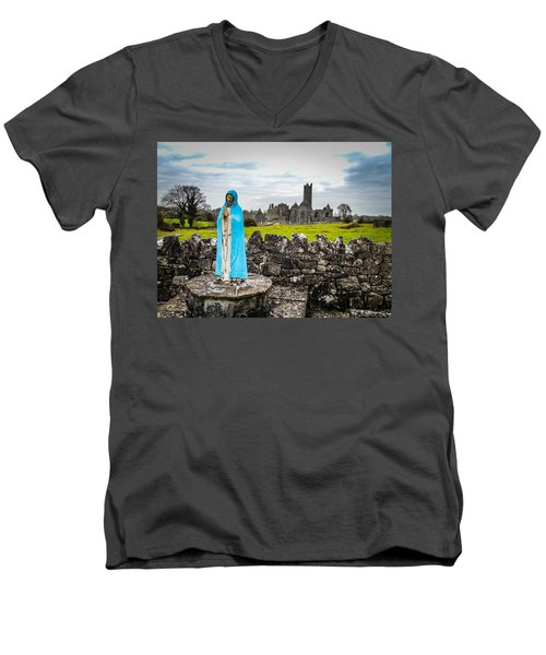 Official Greeter At Ireland's Quin Abbey National Monument Men's V-Neck T-Shirt