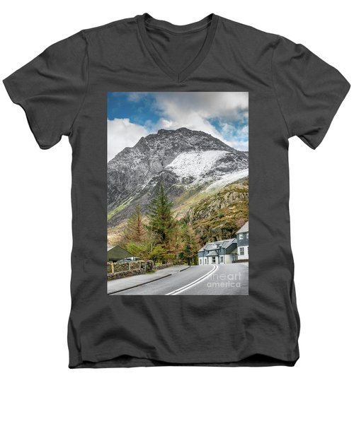 Men's V-Neck T-Shirt featuring the photograph Ogwen Cottage by Adrian Evans