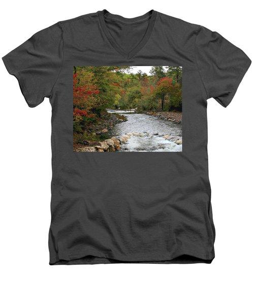 Ok Fishing Men's V-Neck T-Shirt
