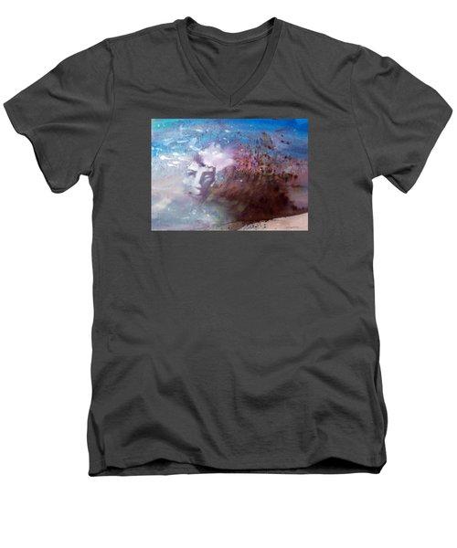 Okanokumo Men's V-Neck T-Shirt