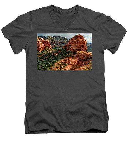 Olaf 06-32 Men's V-Neck T-Shirt