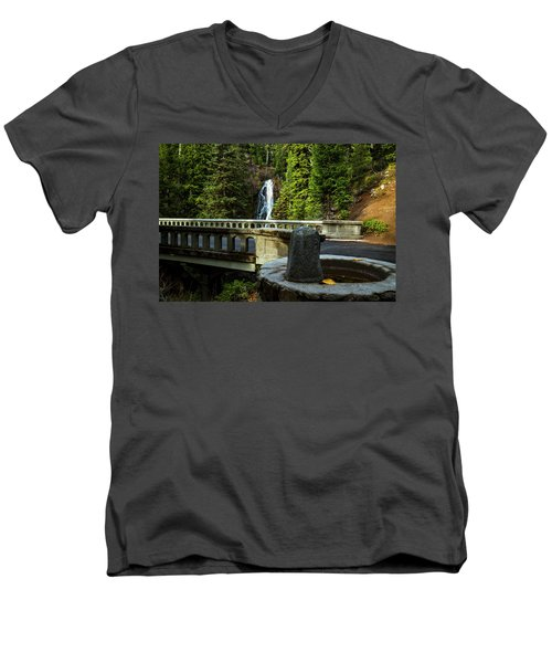 Old Barlow Road Bridge Men's V-Neck T-Shirt