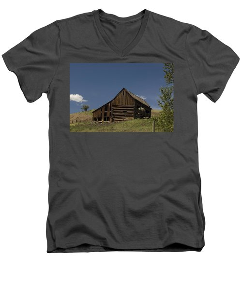 Old Barn 2 Men's V-Neck T-Shirt