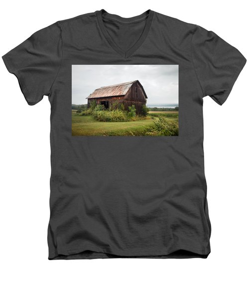 Men's V-Neck T-Shirt featuring the photograph Old Barn On Seneca Lake - Finger Lakes - New York State by Gary Heller