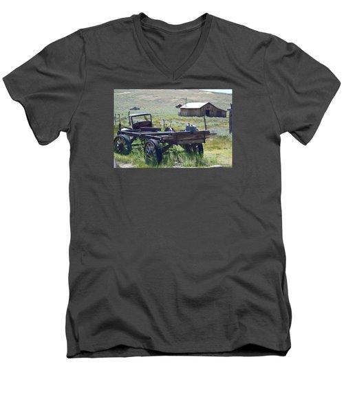 Old Bodie Wagon Men's V-Neck T-Shirt