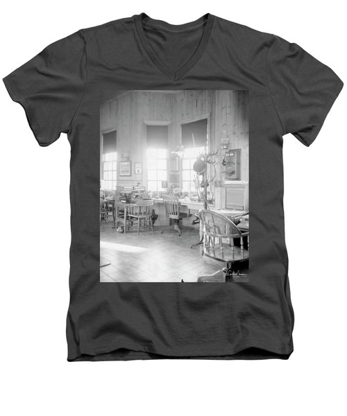 Old Depot Men's V-Neck T-Shirt