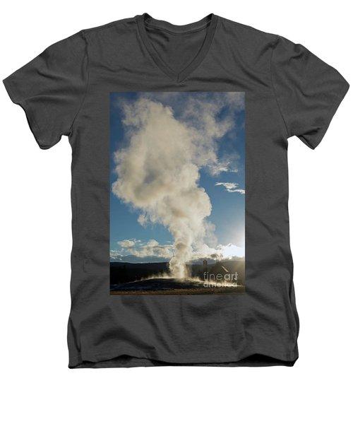 Old Faithfull Men's V-Neck T-Shirt