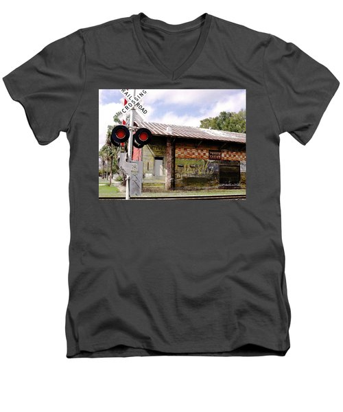 Old Freight Depot Perry Fl. Built In 1910 Men's V-Neck T-Shirt