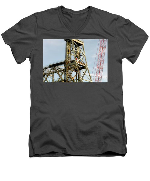 Old Memorial Bridge Men's V-Neck T-Shirt