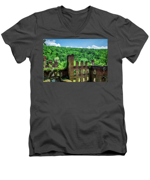Old Mill Men's V-Neck T-Shirt