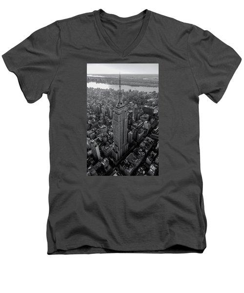 Old New New York  Men's V-Neck T-Shirt