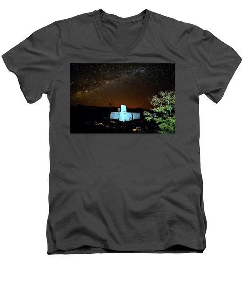 Old Owen Springs Homestead Men's V-Neck T-Shirt