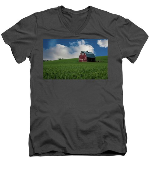 Old Red Barn In The Palouse Men's V-Neck T-Shirt by James Hammond