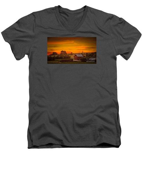 Old Red Barn Men's V-Neck T-Shirt by Robert Bales