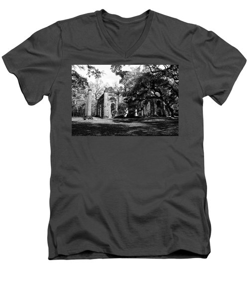 Men's V-Neck T-Shirt featuring the photograph Old Sheldon Church  by Gary Wightman