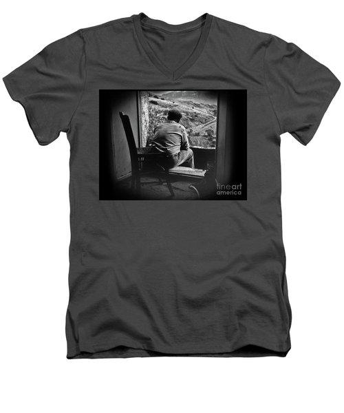Old Thinking Men's V-Neck T-Shirt