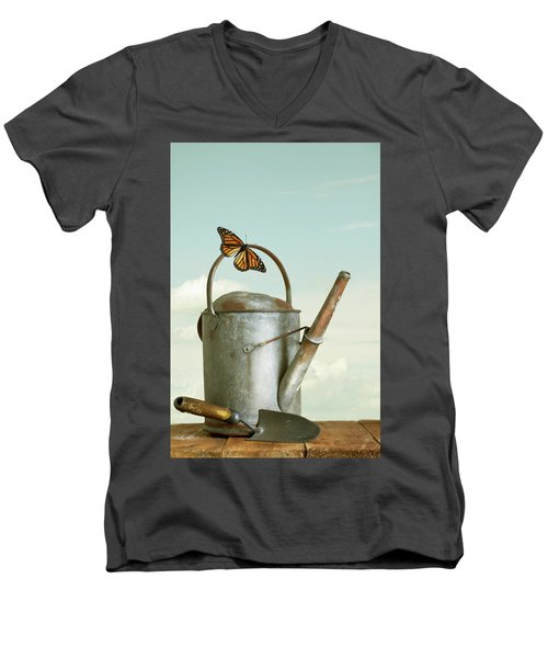 Old Watering Can With A Butterfly Men's V-Neck T-Shirt