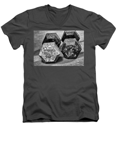 Old Weight Men's V-Neck T-Shirt