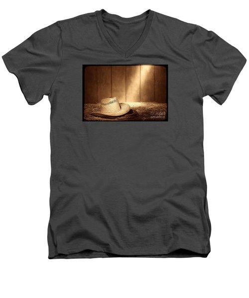 Old West Farmer Hat Men's V-Neck T-Shirt