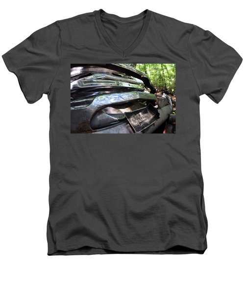 Oldsmobile Bumper Detail Men's V-Neck T-Shirt