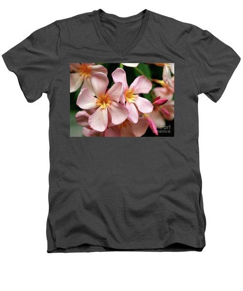Oleander Dr. Ragioneri 2 Men's V-Neck T-Shirt